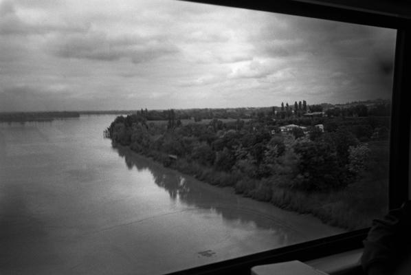 1 l-adieu-au-fleuve---photo-Christophe-Goussard-VU-15